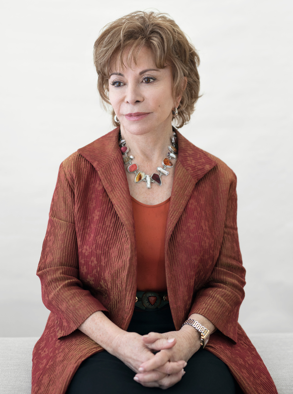 get to know author isabel allende  u2013 the gloss magazine